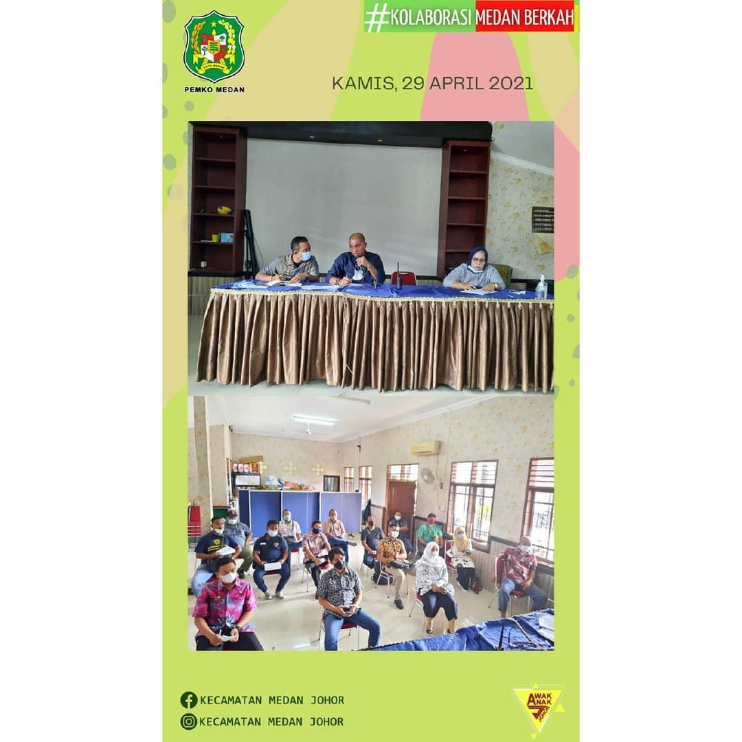 Camat Medan Johor Zulfakhri Ahmadi, S. Sos memimpin Rapat koordinasi pelimpahan wewenang kebersihan