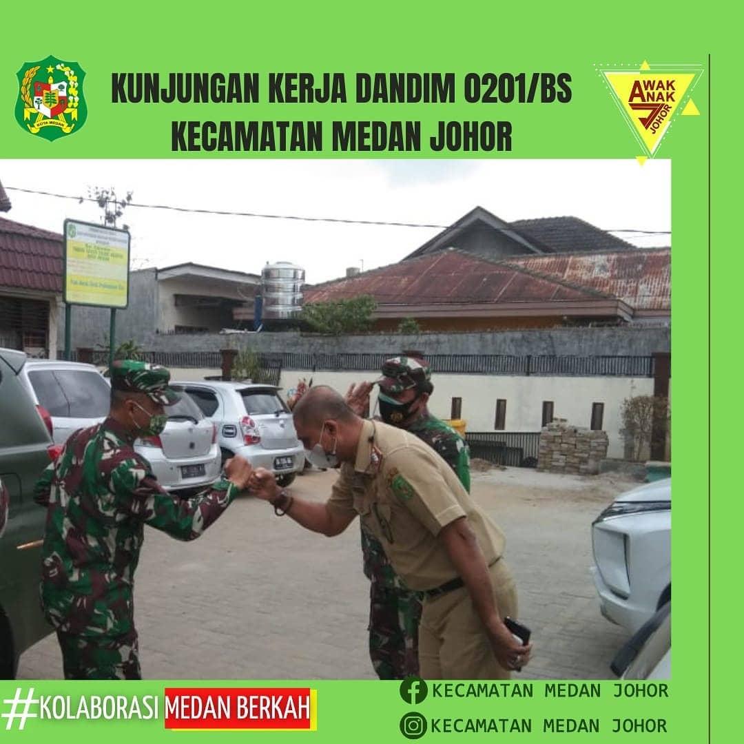 Dandim 0201 BS melakukan kunjungan kerja di Posko PPKM Skala Mikro Kecamatan Medan Johor