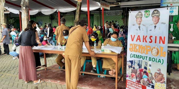 Pemko Medan Gelar Vaksinasi 'Jemput Bola' Di Medan Johor Upaya untuk mendorong Percepatan Herd Immunity